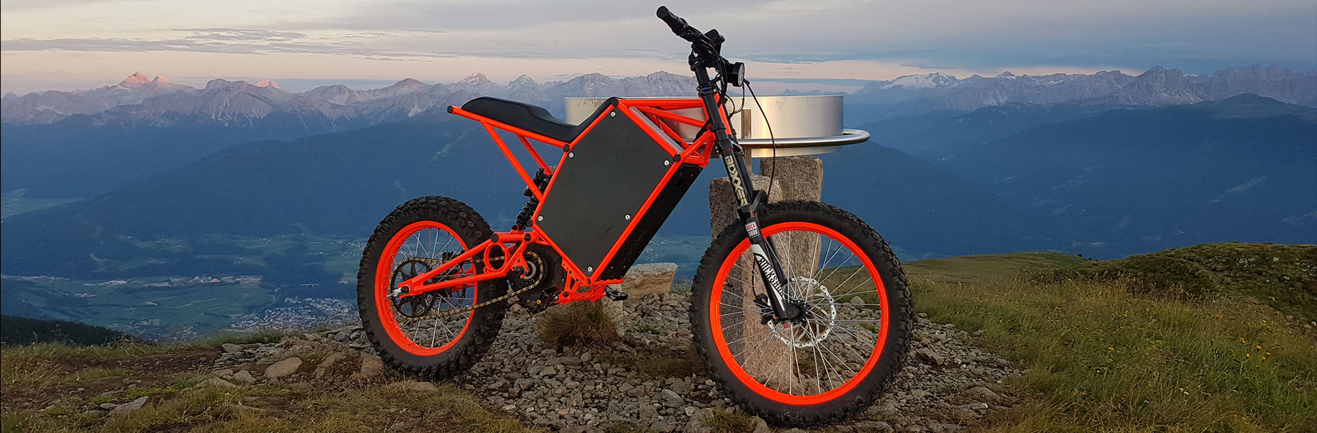 Vector e-bikes